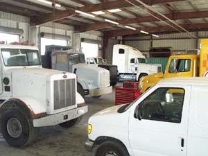 Fleet Repair Fleet Refinishing Trailer Fabrication Semi Truck Painting Company Branding